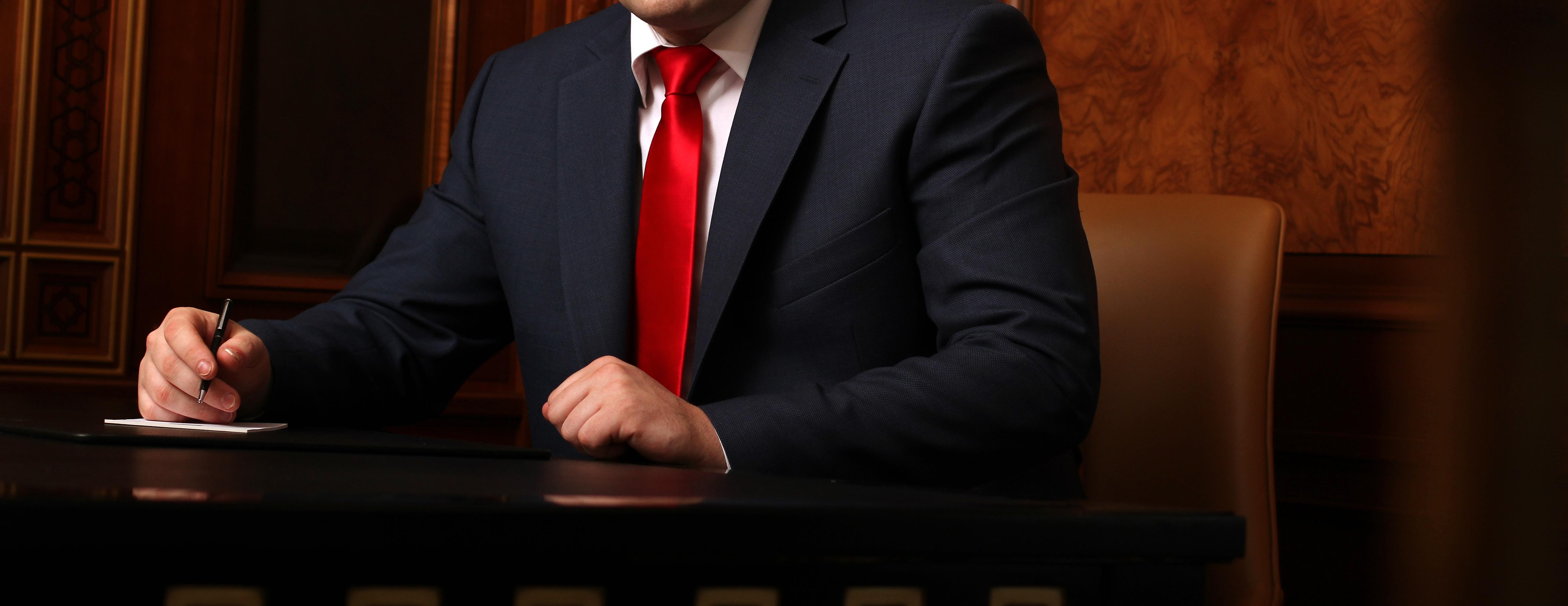 HIRING CRIMINAL DEFENCE LAWYER