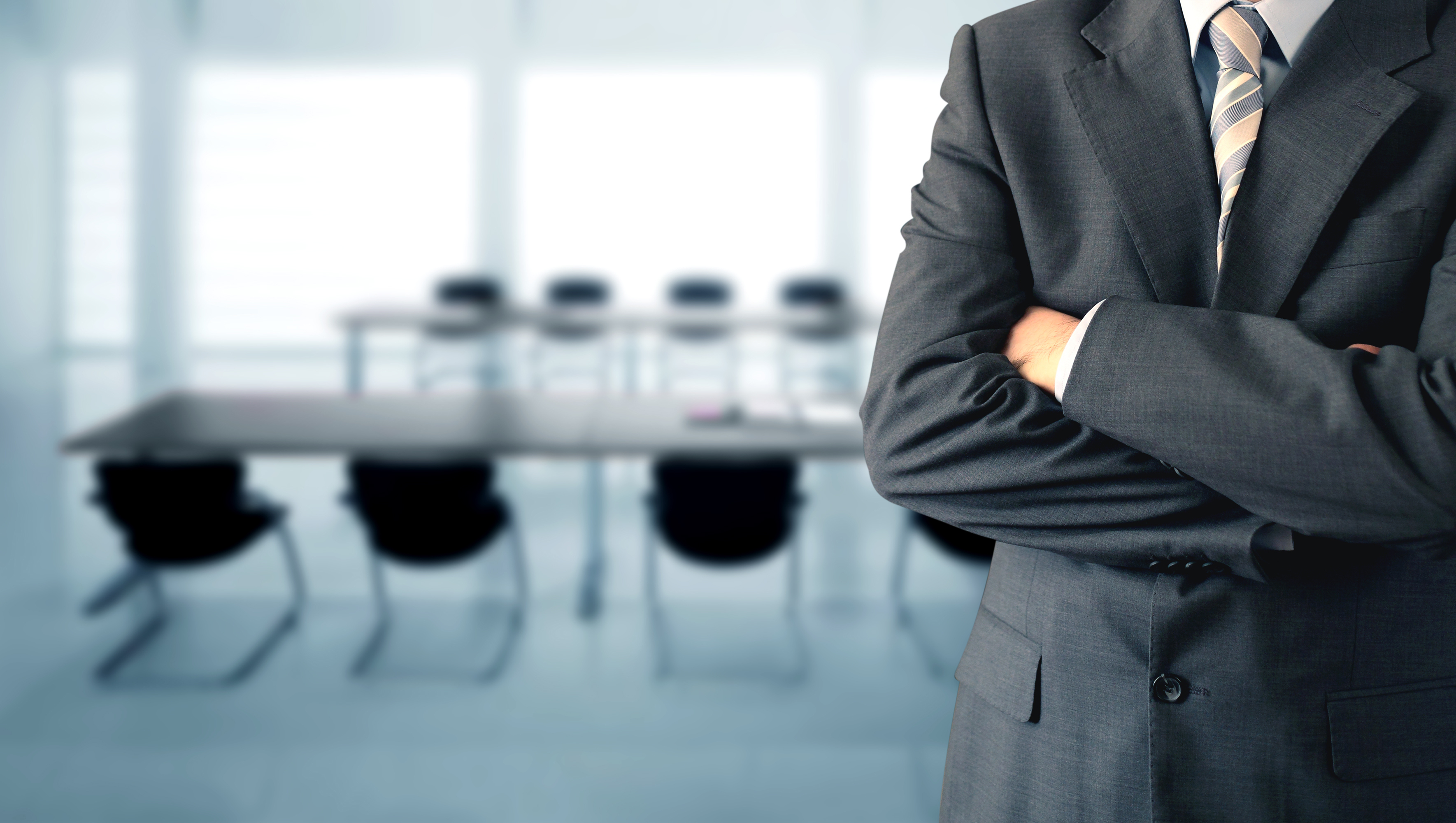 MANAGING THE BUSINESS LAWYER