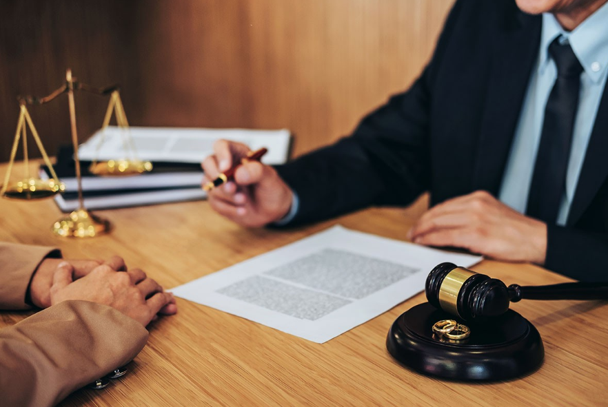 Choosing From The Best Separation Lawyers